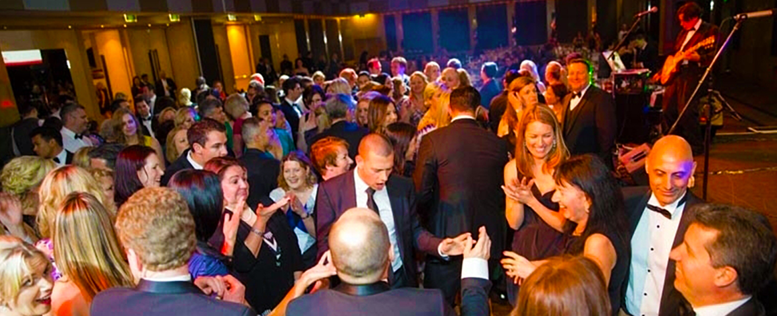 EVERYDAY PEOPLE BAND for Special Events | Weddings | Parties | Venues