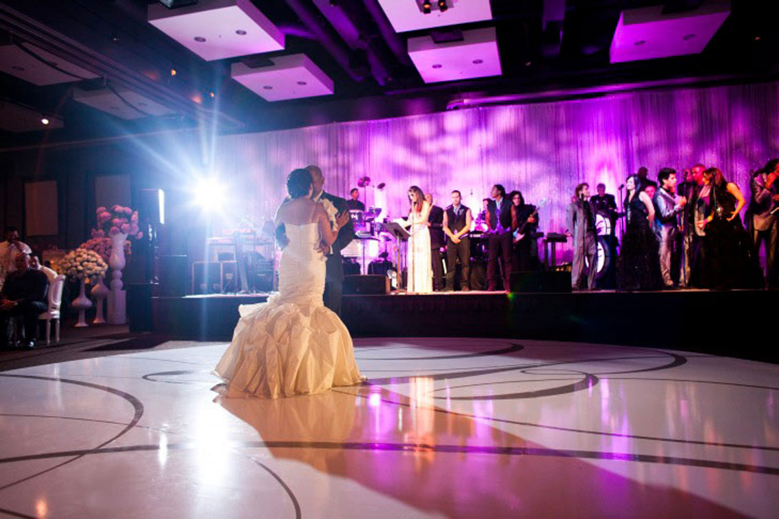 EVERYDAY PEOPLE BAND for Special Events   Weddings   Parties   Venues